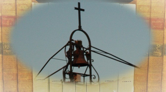 Cloche du toit du monastère de Maylis